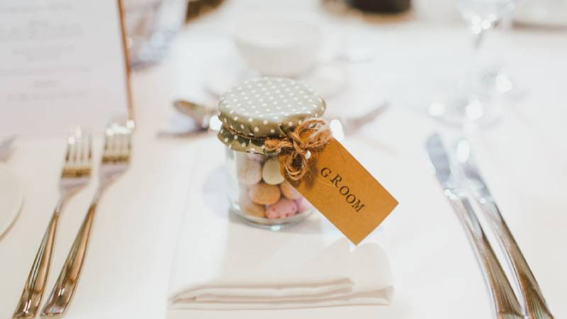 Are wedding favors a necessity?