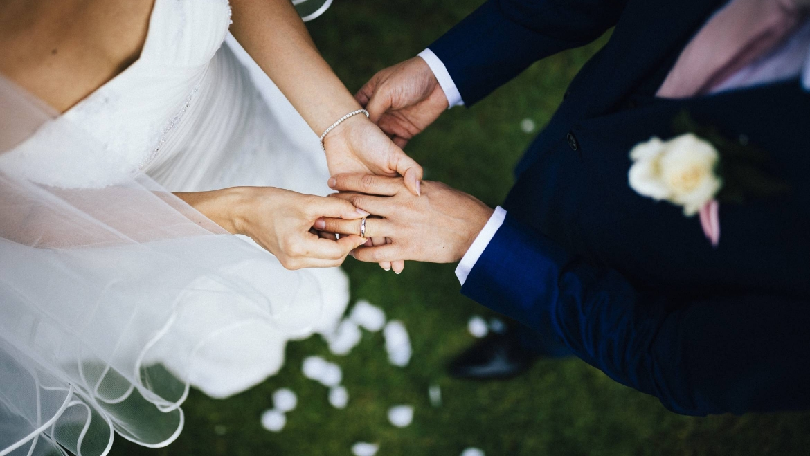 A guide to writing the perfect Wedding Vows